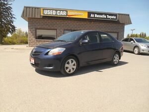 2008 Toyota Yaris Sedan Peterborough Peterborough Area image 2