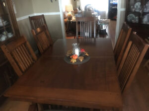 Solid Indonesian hardwood dining set