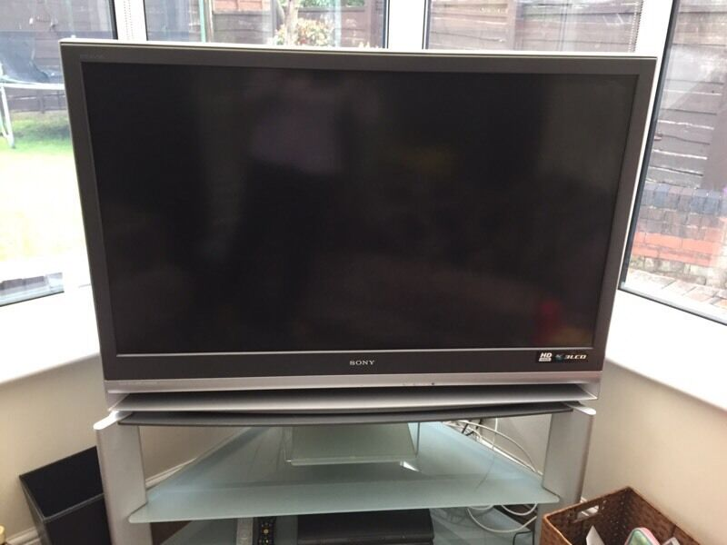 Sony Bravia Rear Projection 50 Inch Tv Including Stand