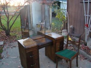 Vintage Vanity desk with mirror and chair