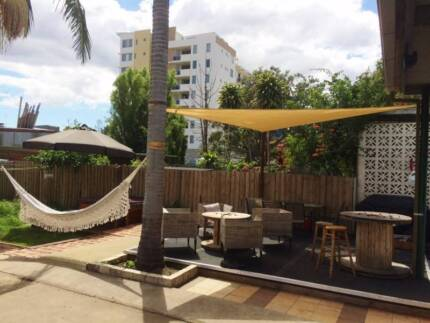 KING-SIZE ROOM FOR COUPLE Wolli Creek Rockdale Area Preview