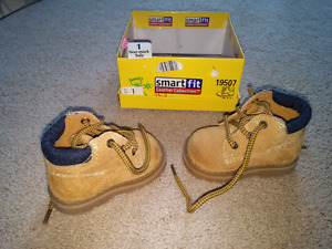 Tan suede leather size 1 baby shoes