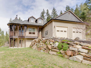 1748 Eagle Rock Road - Magnificent Four Bedroom Home!!