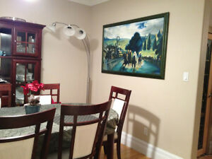 Roommate-Furnished Rm Avail. May 1 (5 mins to The Beaches) $795