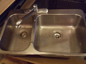 Kitchen sink and Moen faucet London Ontario image 1