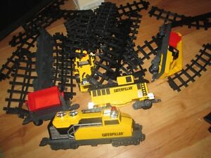 train set caterpillar