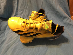 Adidas soccer cleats men's 8 1/2