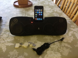 Portable Speaker and Ipod Touch