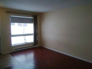 2 Bedroom Apartment on Ground Floor 5 minutes to Listowel