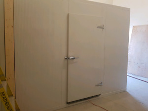 Chambre froide 8 ' x 8' NEUF $ 2888.00 + tx