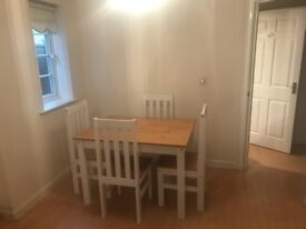 Kitchen Table - Absolute Bargain!! £150