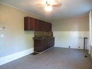 athens duplex for rent