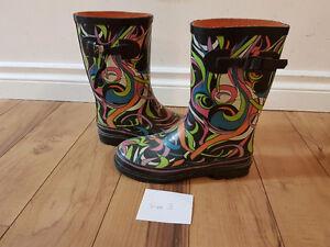 Rain boots size 3