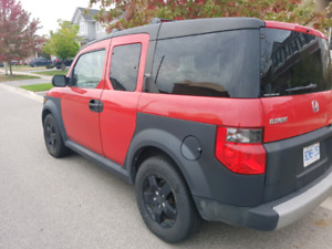 2005 Honda Element great shape..misfire #3 cylinder As is