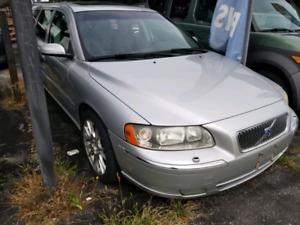 2005 Volvo V70 Wagon $2250