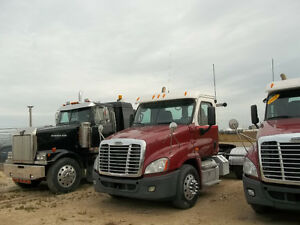 2011 FL Cascadia Day Cabs 500 hp 18 spd - Bendix Air Disc Brakes Edmonton Edmonton Area image 1