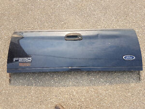 Ford Tailgate - 2000 F250 - Fits other Models/Years