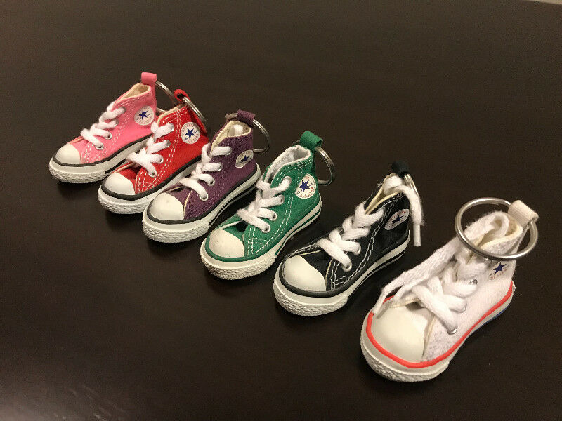 5d0df772a4ef16 Converse all star Chuck Taylor mini shoe keychain. 6 shoes. 15 ...