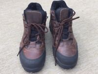 Ladies size 6 steel toe safety boots new