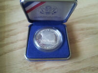 1987 S Silver dollar from the USA complete with COA