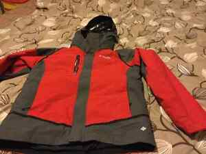 Boys XL(18) Columbia titanium Omni heat winter coat.