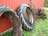 TRACTOR DUALS-WHEELS-RIMS-TIRES 13.9 X 36