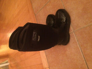 Women's BOGS size 6 worn once