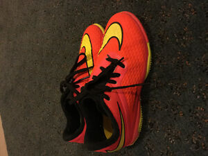Soccer Shoes size 13(kid) Indoor