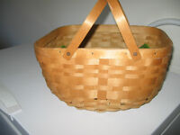 BASKET WITH 2 HANDLES