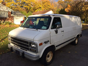 1995 Chevy G20 Van with Carpet Cleaning Equipment