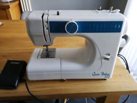 Sewing machine Queen Deluxe 222