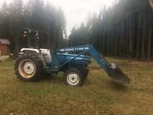 Ford 2110 4x4 tractor with Loader Revelstoke British Columbia image 1