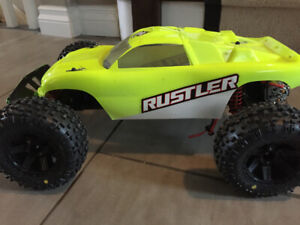 Traxxas Rustler XL-5 - UPGRADED