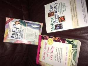 Pregnancy and fertility books, what to expect book.