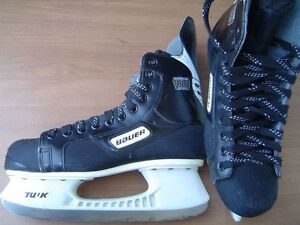 Bauer Impact 100 ice skates, size 9 EE, for shoe size 10