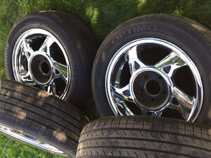 Selling all season tires P205/55/R16