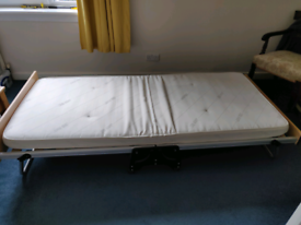 Folding guest bed - single