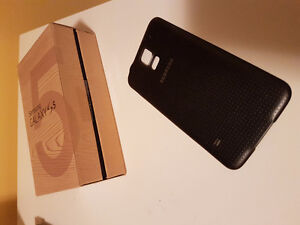 samsung galaxy s5 parts: back cover, camera, box, charging latch