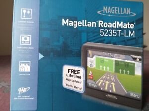 Magellan RoadMate GPS with Lifetime updates and traffic alerts