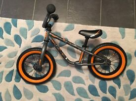 Mongoose toddler balance bike