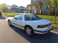 1988 Buick Reatta White Coupe (2 door)