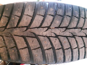 4 studded tires like new. 225 60 17
