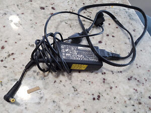 HP laptop charger for sale