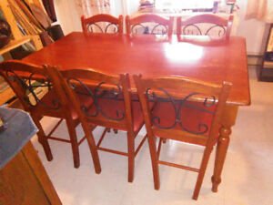 Kitchen table with 6 chairs - Made of wood & forged iron