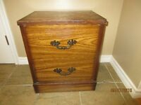 2 DRAWER NIGHT STAND / END TABLE