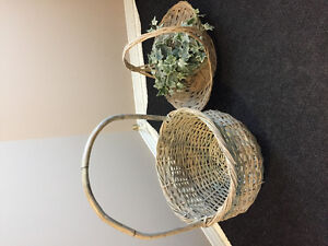 2 Baskets with fake plant