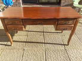 Solid wood Side table 5 ft x 3ft