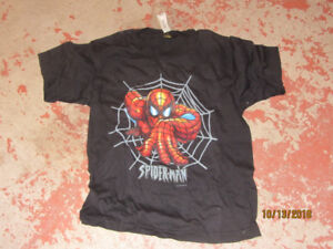 Spiderman T-shirt size small