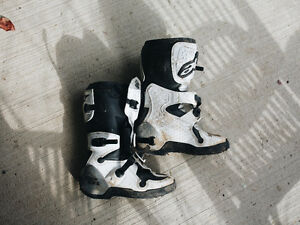 Youth Size 6 Tech 6 Alpine Star Motocross Boots London Ontario image 1