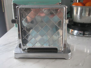 Antique Chrome Toastess Art Deco Toaster Model 202